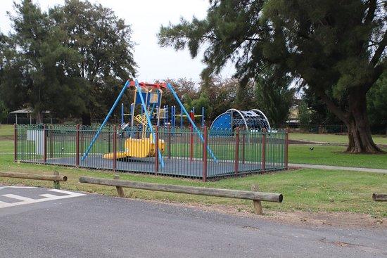 New Norfolk, Australia: Another playground