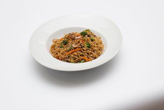 Noodles com vegetais