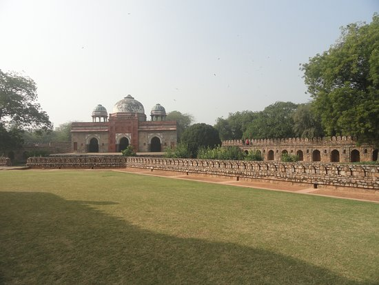 Isa khan's Mosque