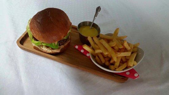 Windorf, Niemcy: Burger-Floos