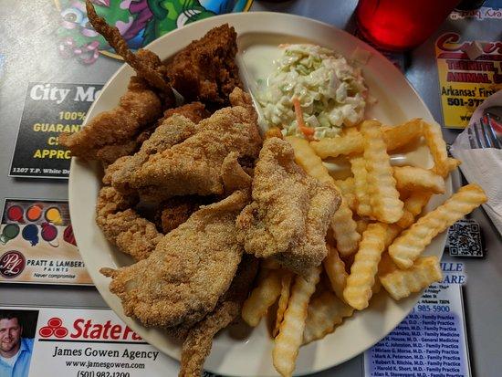 The Hook Catfish Restaurant Jacksonville Reviews Phone Number Photos Tripadvisor