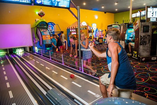 Poplar Bluff, MO:  With more than 30 arcade games to choose from you won't even notice how fast time will fly!