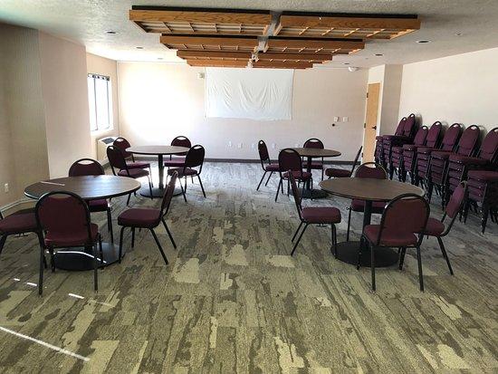 Ephraim, UT: Meeting Room
