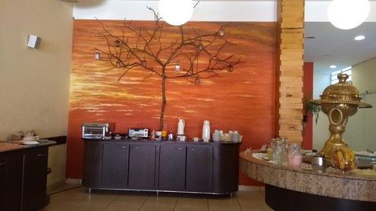 Niazi O Arabe: Interior do restaurante.