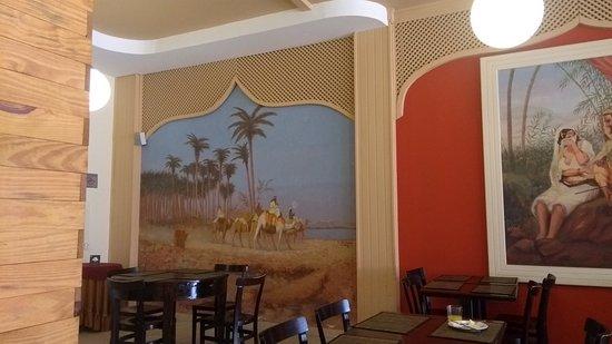 Niazi O Arabe: Interior do restaurante 2.