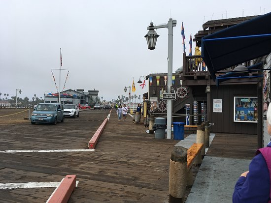Stearns Wharf: Cute shopping