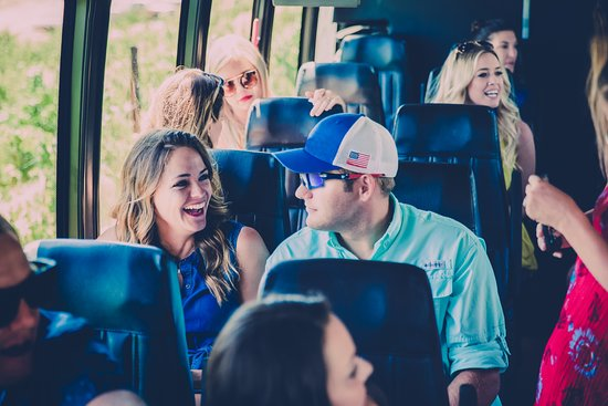 Napa Valley, Καλιφόρνια: Guests enjoy roomy shuttles with plenty of storage.