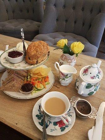 Oken Tea Rooms Warwick