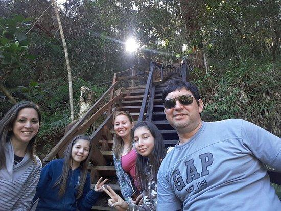 Paraguari, Paraguay: Foto que muestra la escalera del lugar, evitar niños pequeños ya que es muy empinada