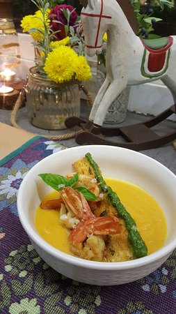 Paleokastro, Greece: Pumpkin soup with shrimp's and crispy bread