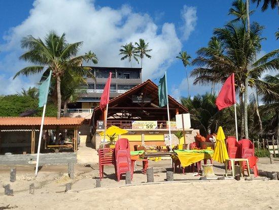 Jacuma, PB: Vista del hotel desde la playa