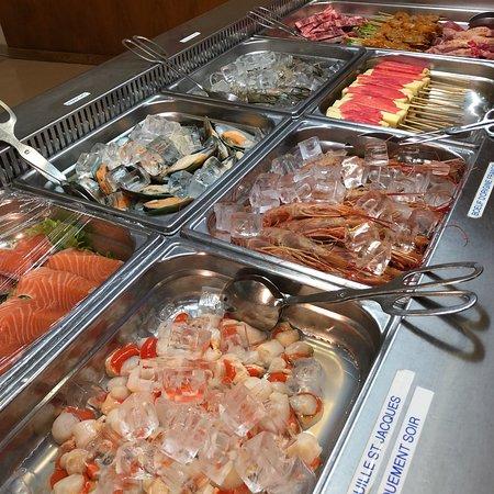 Fleury-Merogis, Francja: Notre repas saint sylvestre ❤️
