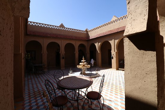 Riad Ouzine: The center of the Riad