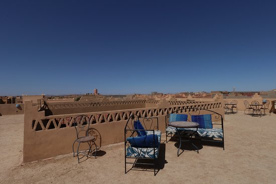 Riad Ouzine: The terrace