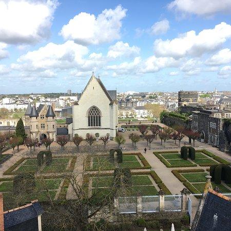 Castle of Angers: photo7.jpg