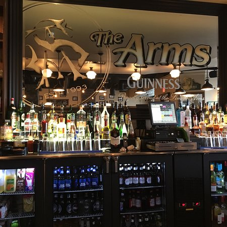 Simcoe arms bar