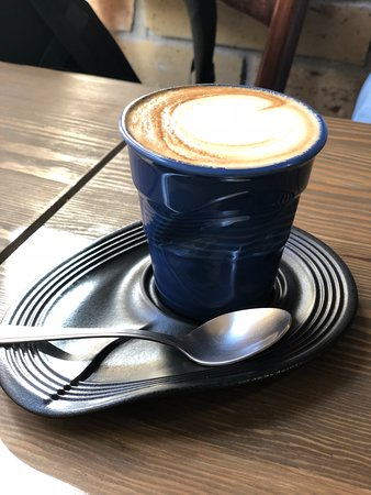 A Table! Boulangerie-Patisserie: Cool coffee mugs