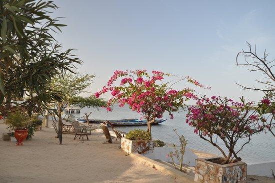Mar Lodj, Σενεγάλη: hotel les pieds dans l'eau