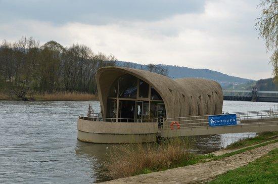 Schengen, لكسمبورج: Häftig turistinformation.