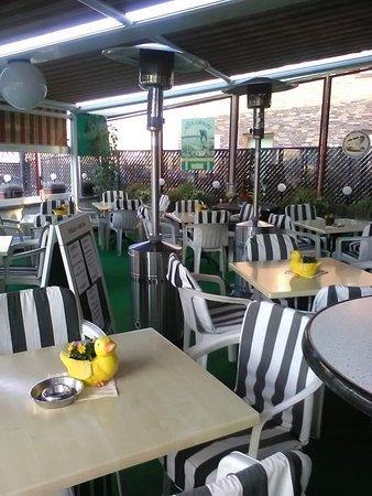 Edelweis: Binnen eten of op het terras, de keuze is aan jou !
