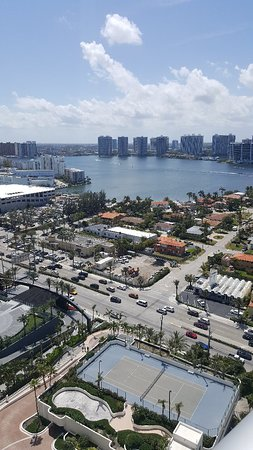 Sunny Isles Beach, FL: April 2018