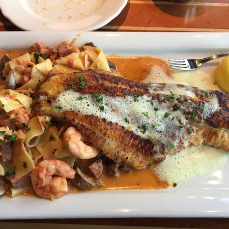 Pappas Seafood House: photo0.jpg