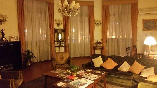 Hotel Aliados: 20170125_201008_large.jpg