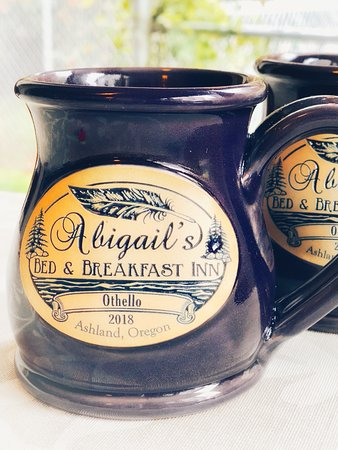 Abigail's Bed and Breakfast Inn: Our new personalized Deneen Pottery Mugs - a gift souvenir of your vacation here in Ashland, Ore
