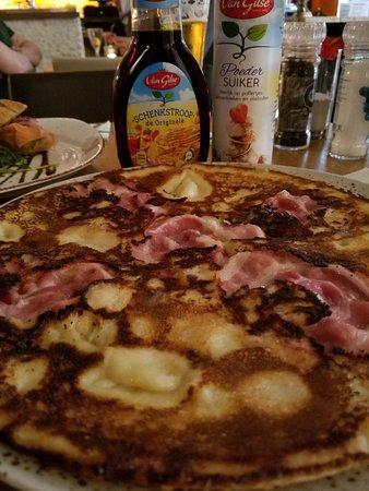 Brasserie 't Ogenblik: Pancake with Speck