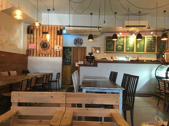 Danes Restaurant