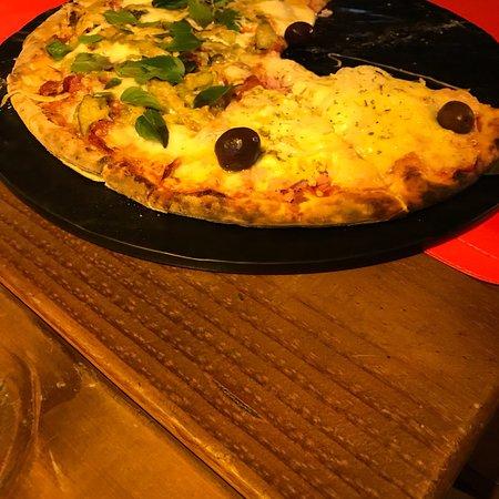 Fratello Uno Pizzaria: photo0.jpg