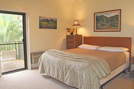 Aston Maui Hill: Guest room