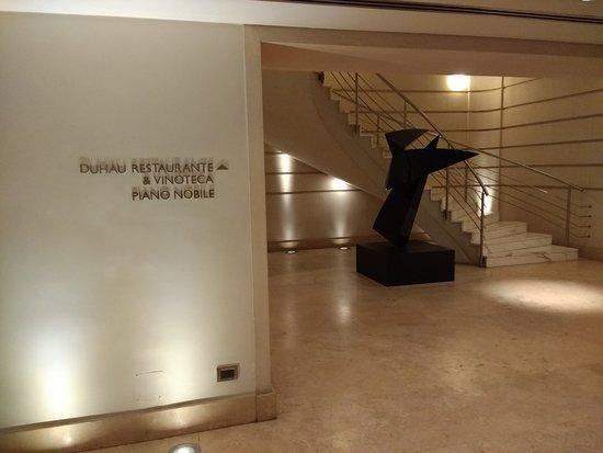 Palacio Duhau - Park Hyatt Buenos Aires: pasillos y acceso a diversos sitios del hotel