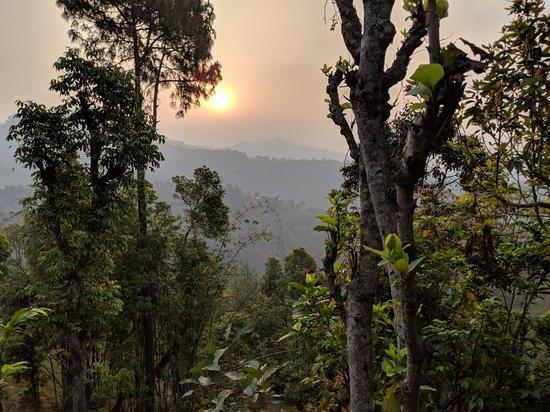 Tansen, Nepal: IMG_20180417_062714_large.jpg