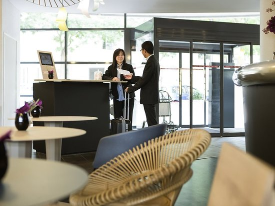 Novotel suites paris rueil malmaison 172 2 0 0 - Office tourisme rueil malmaison ...
