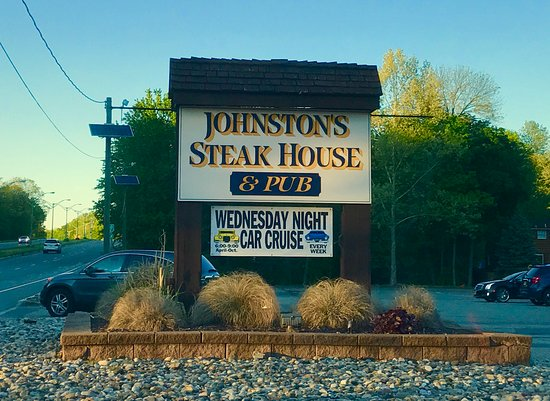 Roseland, NJ: Johnston's Steakhouse & Pub