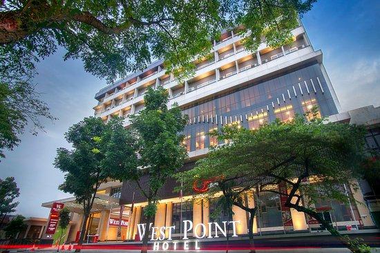 the 10 closest hotels to husein sastranegara airport bdo rh tripadvisor com