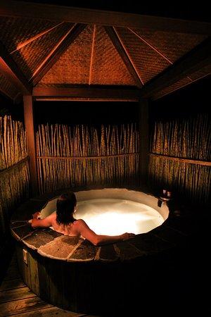 Bajos del Toro, Kostaryka: Suite