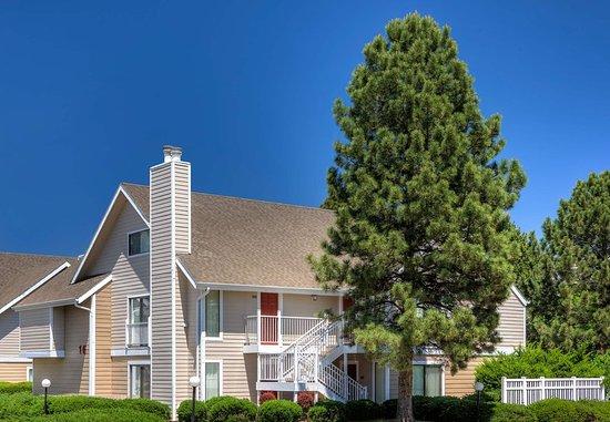 Greenwood Village, CO: Exterior