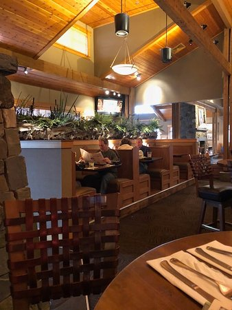 The Montana Club Restaurant Booths