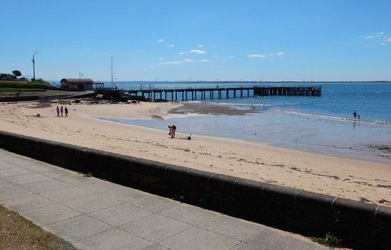 Cowes Pier