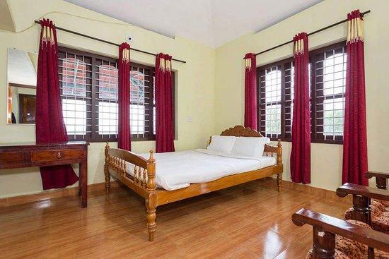 Padinjarathara, India: Rooms