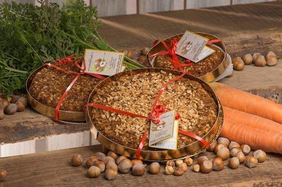 Azienda Agricola noccioladellelanghe.it: Specialità torta di noccioledellelanghe e carote