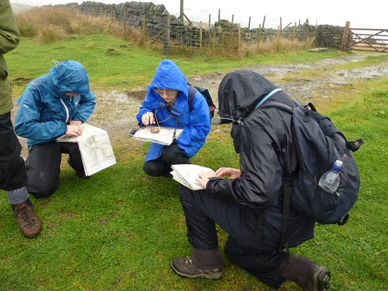 Map and Compass: Walk your own way: Navigating in the rain
