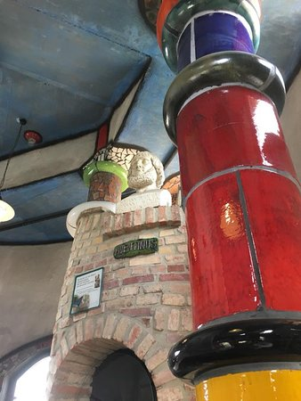 Kuchlbauer-Hundertwasser-Turm: Supporting column in the lower level
