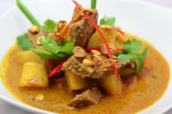 Warung Asia Thai Food : Mussaman  beef curry.
