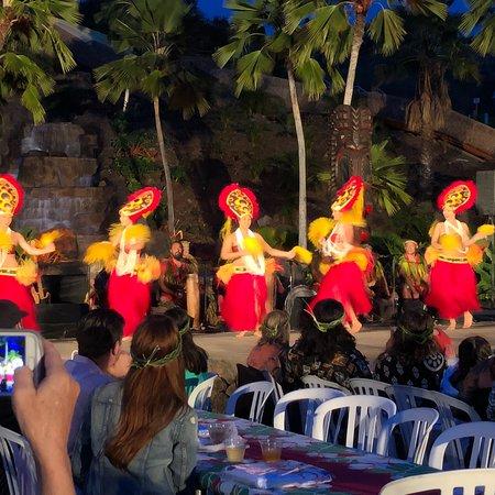 Chief S Luau Food Paradise