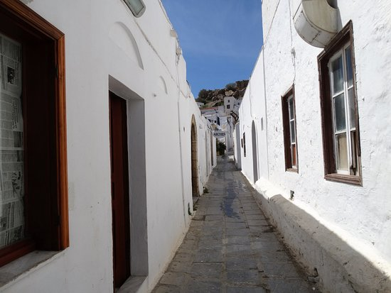 Village of Lindos: maze of streets