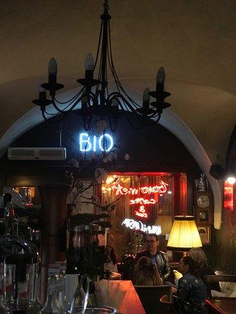 Barometr Coffee & Bar: 00:57