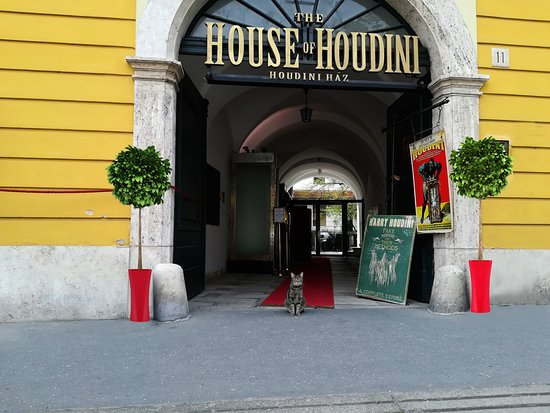 ‪The House of Houdini‬